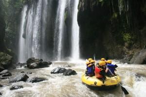 Cara menikmati keseruan songa rafting, www.songa-rafting.com, 085 755 059 965